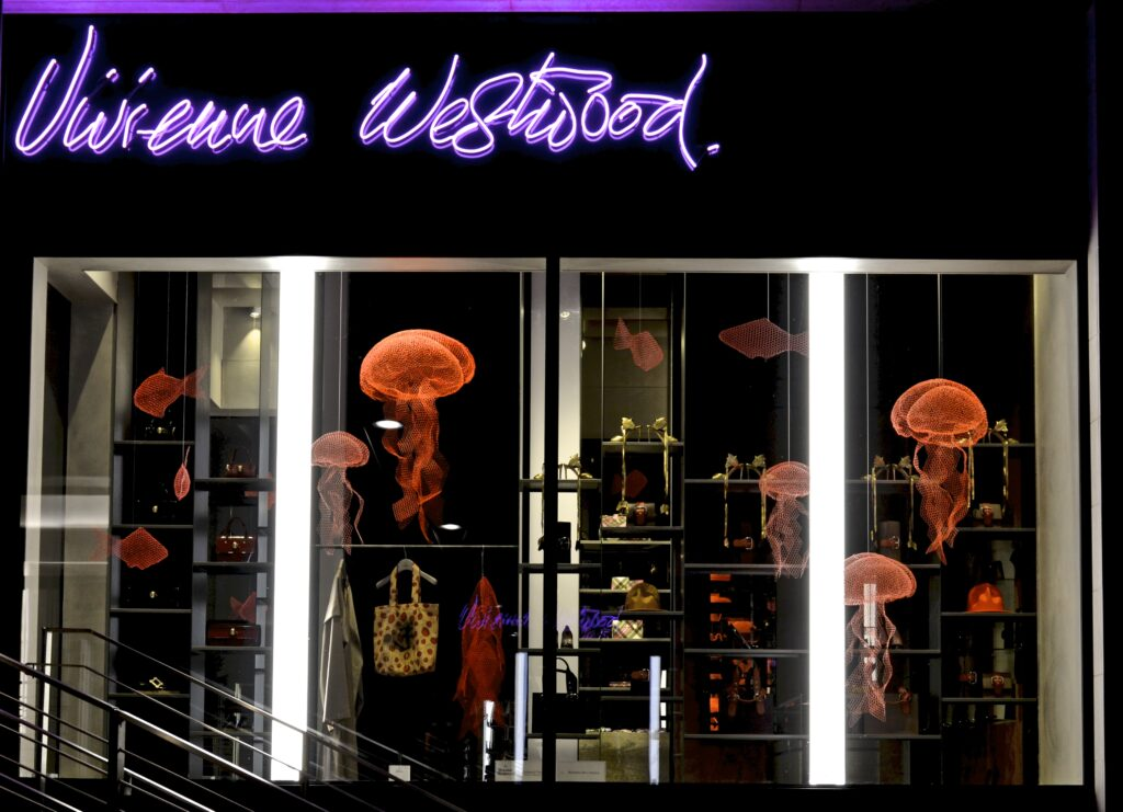 Vicolo Vivienne Westwood vetrina